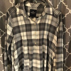 American eagle flannel blouse